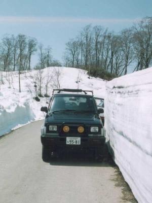 1998年5月・長野県小谷村の林道